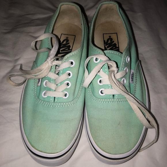 747a7e5dd8d ... Mint Green Lace Up Vans. M 5b7dec6d0e3b8690e8fc5cef
